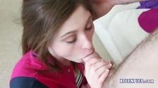 Terra Cox ma wypełnione usta spermą